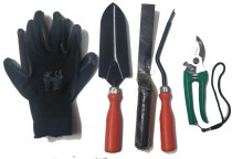 Gardening tool kit with secateur and gloves